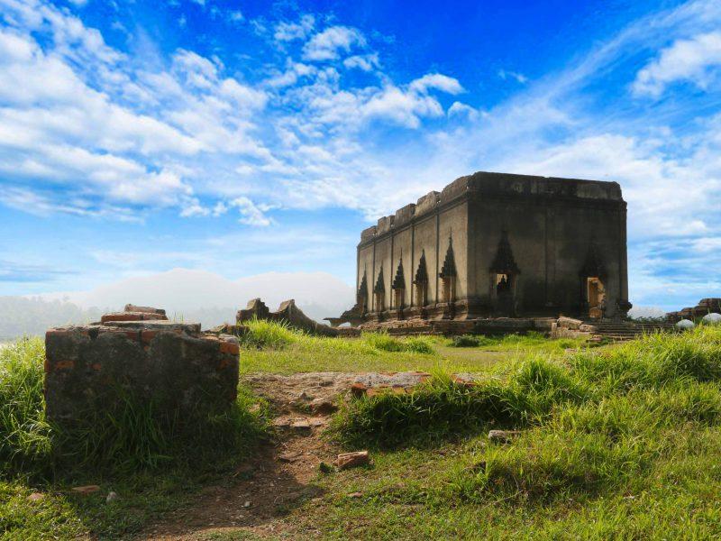8.เมืองบาดาล-สังขละบุรี